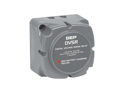 710-140A Sist. Paralelo/automático 12-24 V – 140 Ah. Con este sistema automático en paralelo de carga de baterías siempre se dispone de una batería completamente cargada de reserva.