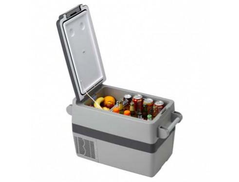 TB041NN700AE Nevera portátil de 41 litros, 12/24VCC - 115/230VCA - 45W. Concebido para ser instalado en pequeños espacios o bien para poder ser fácilmente transportado a cualquier parte gracias a su peso reducido y a la cómoda correa.