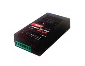 PLUS40 Cargador de baterías Plus40, 5 fases, 12V/40A. Capaz de recibir entrada desde 2 fuentes distintas de alimentación: Alternador del motor o Panel solar